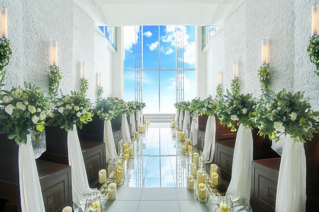 ラグナスイート 新横浜 ホテル&ウエディング スカイチャペル