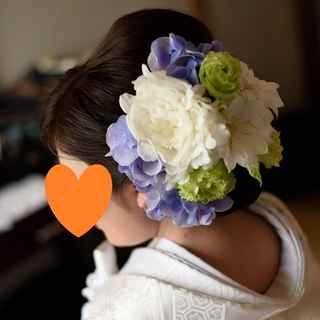 和装ヘッド装花