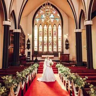 歴史ある大聖堂で挙式