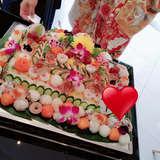 個性的なお寿司ケーキ