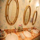 ゲスト用トイレの鏡にメッセージを。