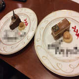 試食のデザート。モザイク部分には名前が