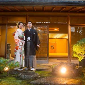【近隣神社挙式×10名会食会】ご家族と過ごす穏やかな一時を