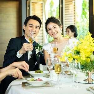 会場と別室ゲストで同じ時間を過ごす! 同時中継Weddingプラン