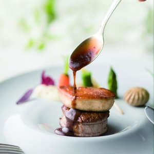 【料理ワンランクUP】特別料理と飲物でゲストも満足プラン
