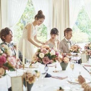 【貸切邸宅で安心の結婚式】6名438,900円~少人数お食事会プラン