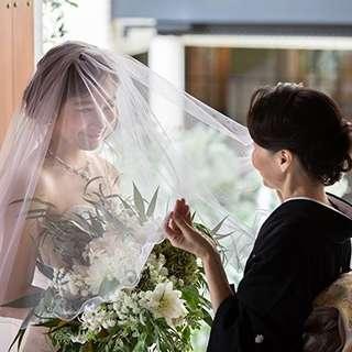 【家族婚にオススメ】~2022年3月迄<ドレスプレゼント>