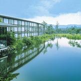国際会議などで海外からも数々の国賓を迎えてきたホテルのおもてなしの実績とホスピタリティーは長野県随一。