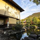 約1000坪の日本庭園が彩るハレの日