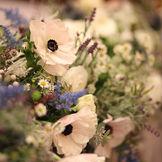 アネモネのお花はナチュラルウェディングにオススメ☆おしゃれ花嫁さまに人気です♪