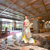 チェックアウト後の誰も居ない館内や日本庭園でゆっくりと前撮影が人気!