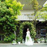 閑静な桜坂にある四階建て一軒家を貸し切る「HOME STYLE WEDDING」
