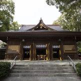 若宮八幡社と若宮の杜 迎賓館は、渡り廊下で繋がっているため、天候の心配なく1日をお過ごしいただけます。