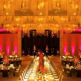 圧巻の7メートルの天井高を誇る開放感ある空間ならではの、音響や照明などダイナミックな演出をご提案いたします。