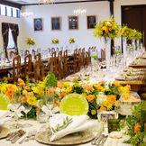 流しテーブルを使った晩餐会スタイルで、優雅なパーティーを♪