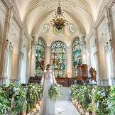 奇跡のステンドグラスが美しいNEW大聖堂