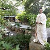 綺麗に手入れされた酒心館のお庭。和の情緒あふれるお庭は和装の花嫁を引き立てます!