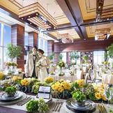 各パーティ会場は140名まで着席可能。「モダン スイート」は高級アジアンリゾートのような雰囲気