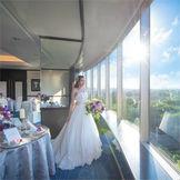 1フロア貸切の会場眺林は、二面窓から景色を一望できる
