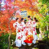 和のブライズメイド「椿姫」が結婚式を華やかに彩る