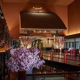 「招きの大門」から始まる非日常空間。「昭和の龍宮城」と呼ばれるホテル雅叙園東京はゲストの心に華やかな記憶を残す