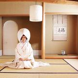 会場内にある和室【茶室】と【いろりの間】。畳の上で寛ぐのもOK。