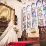 パイプオルガンの音色が礼拝堂内を包み込む