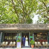 旧山手通りに面したカフェ『ミケランジェロ』。この奥を進むと『リストランテASO』のプライベート空間が広がります。