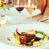 五感で楽しむASOの料理。驚きと感動の1皿でゲストの記憶に残る料理をご提供いたします。