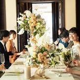 イタリア・シチリアを感じるクラシカルな館内で貸切のウェディング。4階から望む目白街並みと美食の結婚式をお楽しみください。
