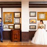 イギリス館ロージアンの壁には沢山の絵が飾られています♪