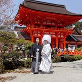 5代にわたり上賀茂神社に料理を納める老舗料亭。上賀茂神社から歩いてすぐの立地も魅力です