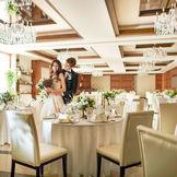 【アヴェニールクラス】最大150名が集えるゆったりとした会場はイタリア・ミラノの高級ブランドホテルをイメージしたスタイリッシュな上質空間