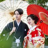 和婚派のおふたりにも安心。伊勢山皇大神宮の御霊を奉る本館神殿を完備。フォトウエディングにも。
