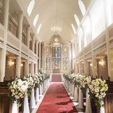 自然光の差し込む大聖堂