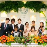 海外リゾート空間で、ゲストと触れ合いながら楽しめる結婚式
