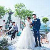 広島の街と青空に囲まれて、ゲストも楽しいひと時を♪