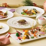 和と洋を楽しく、彩った見た目もお味も美味しいお料理