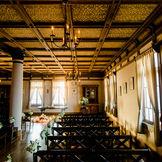 大正9年東洋美術を扱う(株)京都山中商会の美術品陳列館として、煉瓦造りの洋館を建築。古美術を愛する海外VIPが数多く訪れました。