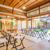 和装がより映える専門挙式会場【櫻乃間(さくらのま)】庭園を眺めながら贅沢な挙式が叶う