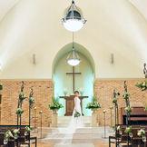 厳かな大聖堂型チャペル「セント・グレイス」