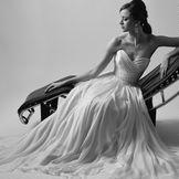 洗練されたウエディングドレス