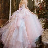 いちどは着てみたい!大人花嫁の憧れ【ローラアシュレイ】ドレス!!