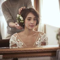 当日はこだわりぬいたドレスと飾らない私らしい自分を表現できるスタイリングで、羨望集める花嫁に向けたご準備を。