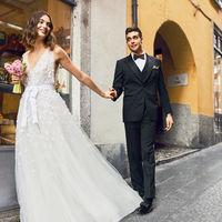 結婚式の1日はこだわりの衣装に身を包み すごしていただけます