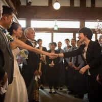 自分の大切な親友や家族の結婚式をお手伝いするように、お二人の結婚式を想い、寄り添うコンシェルジュがお待ちしております。