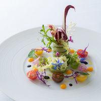 豊かな発想と感性で食材を輝かせる珠玉の料理