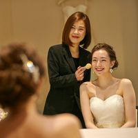 美容スタッフがヘアメイク・アテンドを行いながら、新婦様の魅力を最大限引き出します!