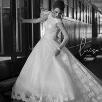 上質を愛し、かわいらしさを忘れない、大人の女性に贈るロマンティックエレガンスなドレスが揃う