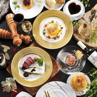 四季折々の食材をシェフが丹精込めて最高の料理にしあげます